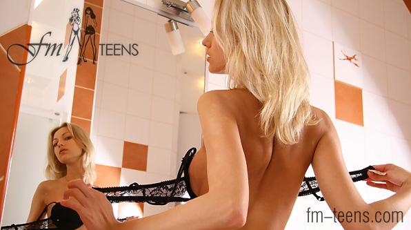 [FM-Teens.Com] Anna - Full Photoset Pack (x32)
