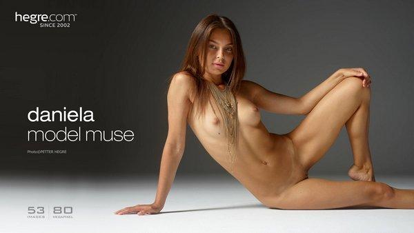 1486576747_daniela-model-muse-board [Art] Daniela - Model Muse art 07190