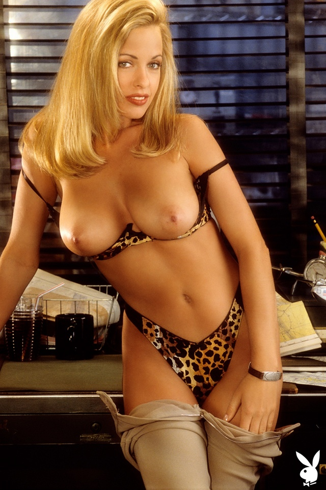 [Playboy Plus] Playmate June 1995: Rhonda Adams