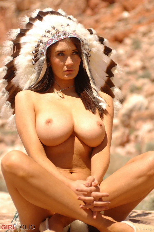 [GirlFolio] Peta Todd - Big Chief